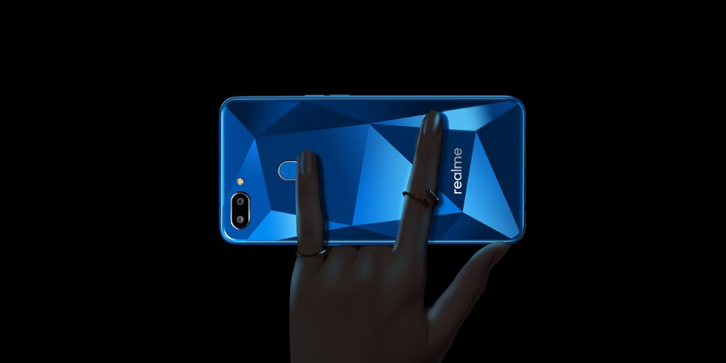 Realme 2 with improve camera and fingerprint sensor launched in India